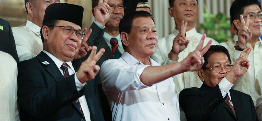 Duterte Filipinler'de 'Müslüman azınlığa özerklik' yasasını imzalayacak