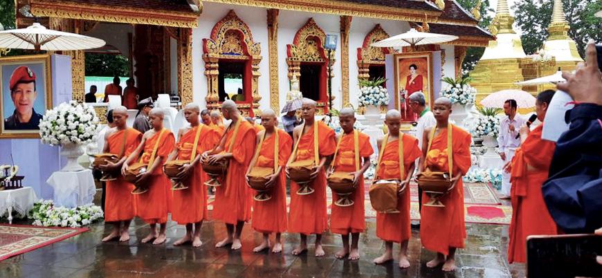Tayland'da mağaradan kurtarılan Budist çocuklar 'keşiş' oldu
