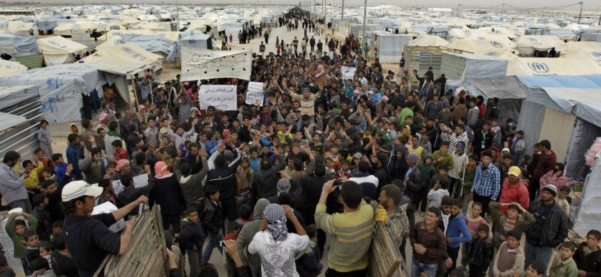 Lübnan Suriyeli mültecileri sınır dışı etmeye devam ediyor