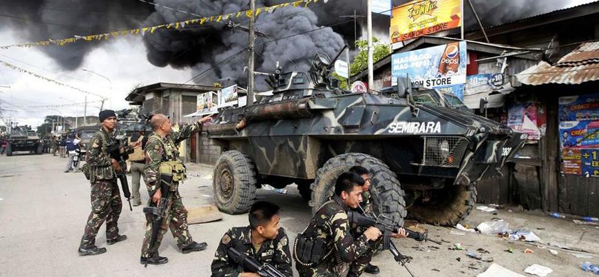 Filipinler'de canlı bomba saldırısı: 11 ölü