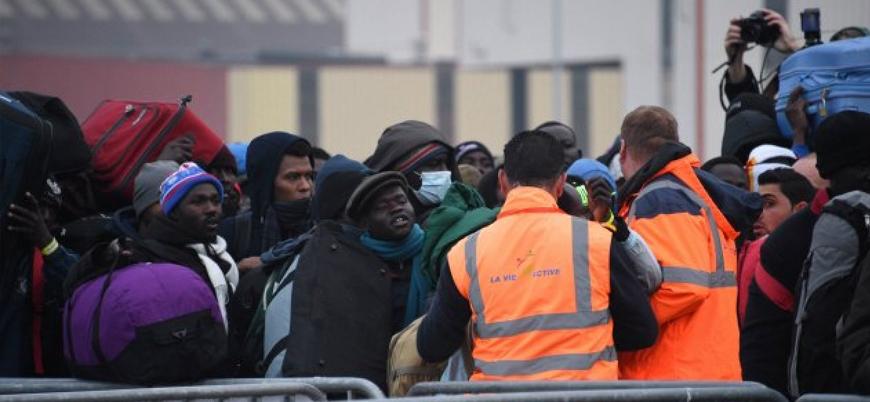 Fransa'da mülteciler için yeni yasa