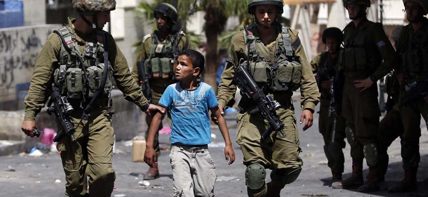 İsrail hapishanelerinde 300'e yakın Filistinli çocuk var