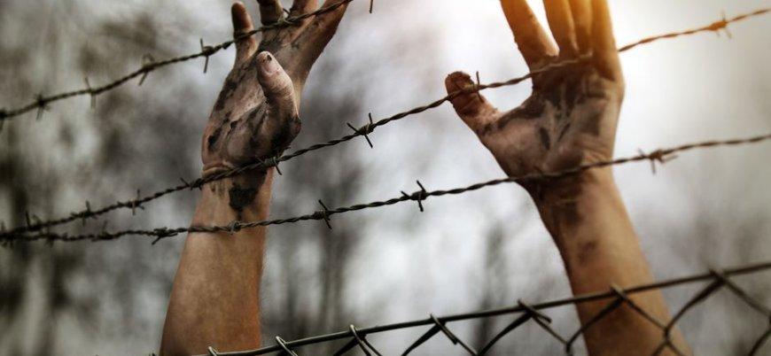 'Esed rejimi hapishanelerinde 500 bin esir var'