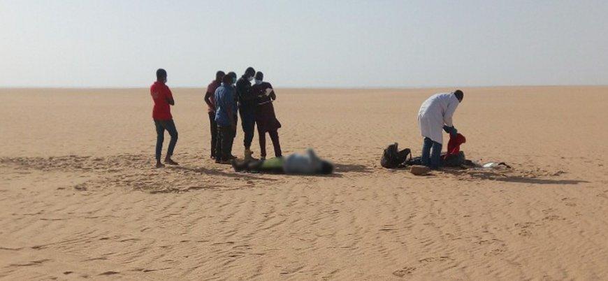 Cezayir'in Sahra Çölü'nde ölüme terk ettiği mülteciler kurtarıldı