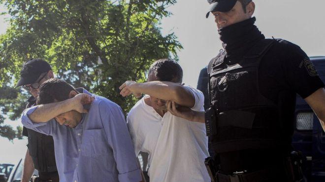 Yunanistan'dan 3 darbeci asker için iade kararı