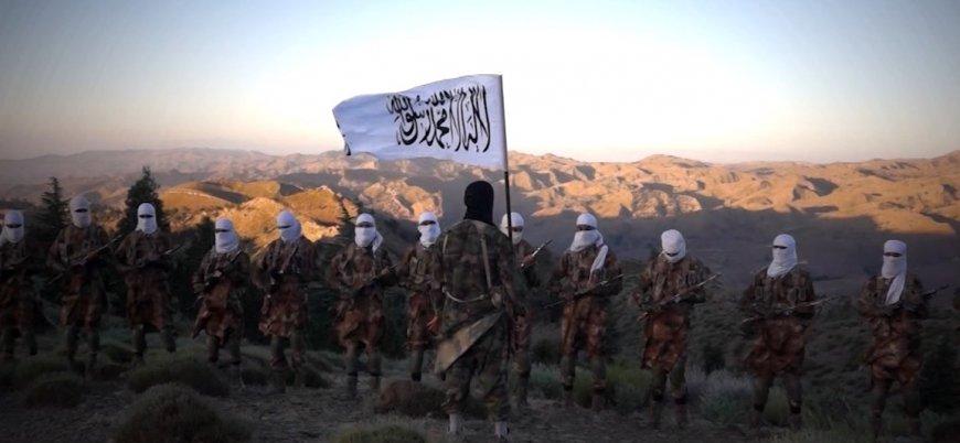 Taliban Afganistan'ın kuzeyinde büyük bir askeri üssü ele geçirdi