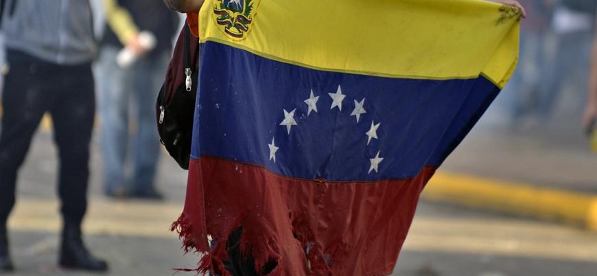 Venezuela'dan üç ayda  2,3 milyon kişi göç etti