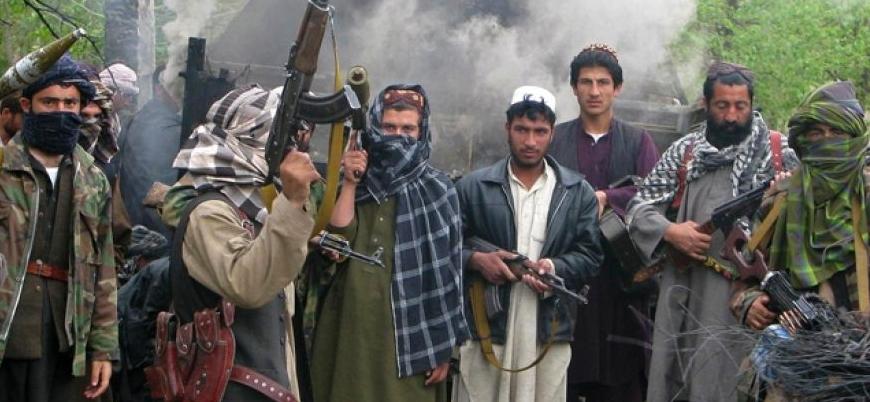Taliban kuzeyde askeri üssü ele geçirdi: 38 ölü