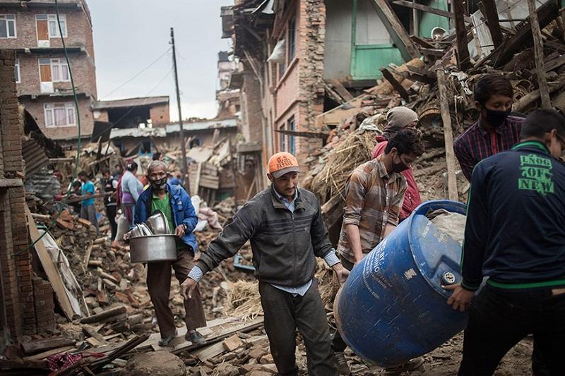 Endonezya'da depremin bilançosu artıyor: 54 ölü