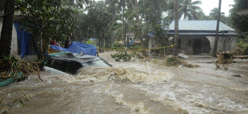 Hindistan'daki şiddetli yağışlarda ölü sayısı 160'ı aştı