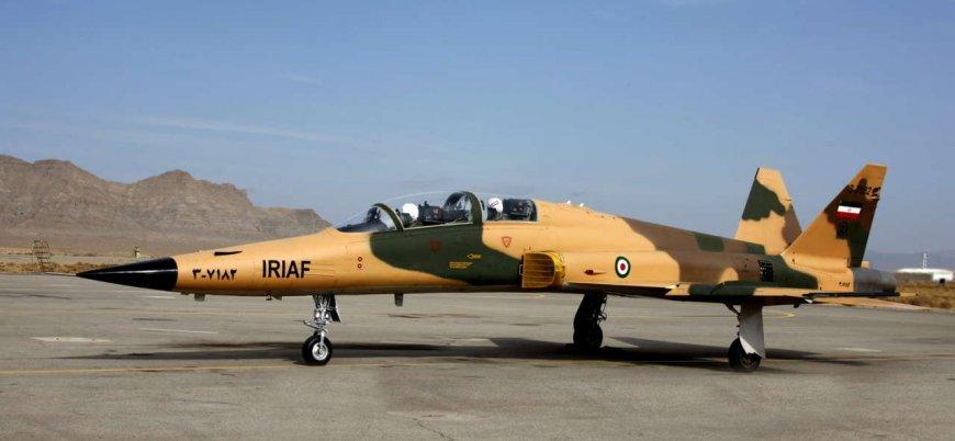 İran yeni savaş uçaklarını tanıtacak