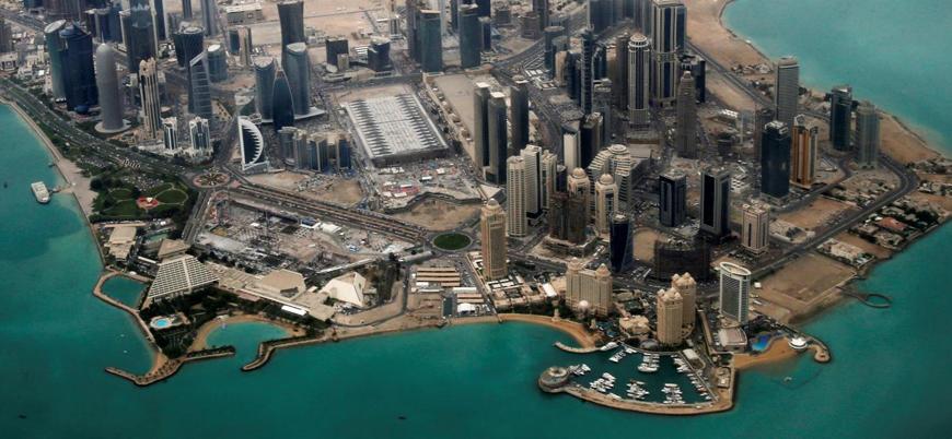 Bahreyn Katar'a artık vize vermeyecek