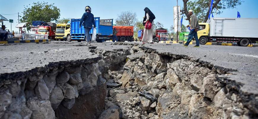 Endonezya'daki depremlerde ölü sayısı 563'e ulaştı