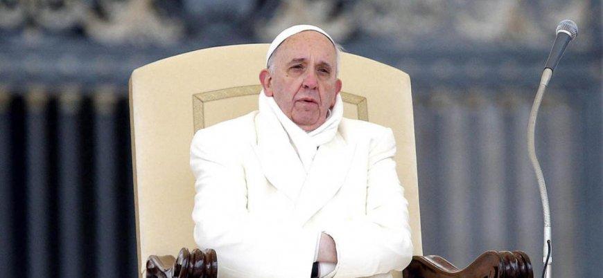 Papa çocuklara yönelik cinsel istismarlar için özür diledi