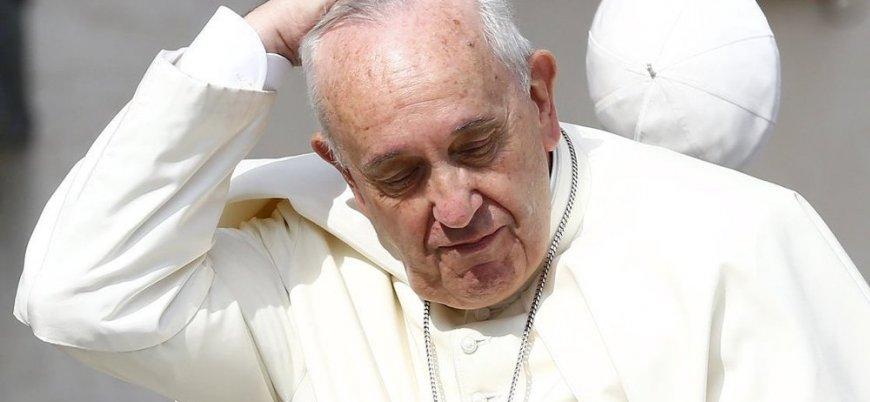 Papa, cinsel istismarı  örtbas ettiği suçlamasına cevap vermedi