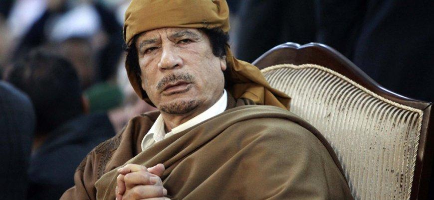 Libya'da Kaddafi yanlıları da meydana indi