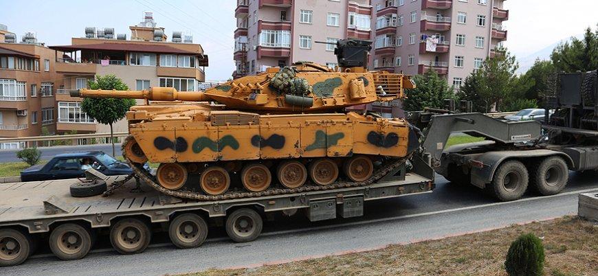 TSK'dan Suriye sınırına tank ve obüs sevkiyatı