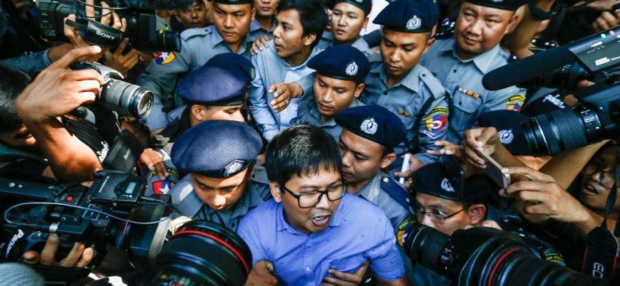 Arakanlı Müslümanlarla ilgili haber yapan muhabirlere yedişer yıl hapis