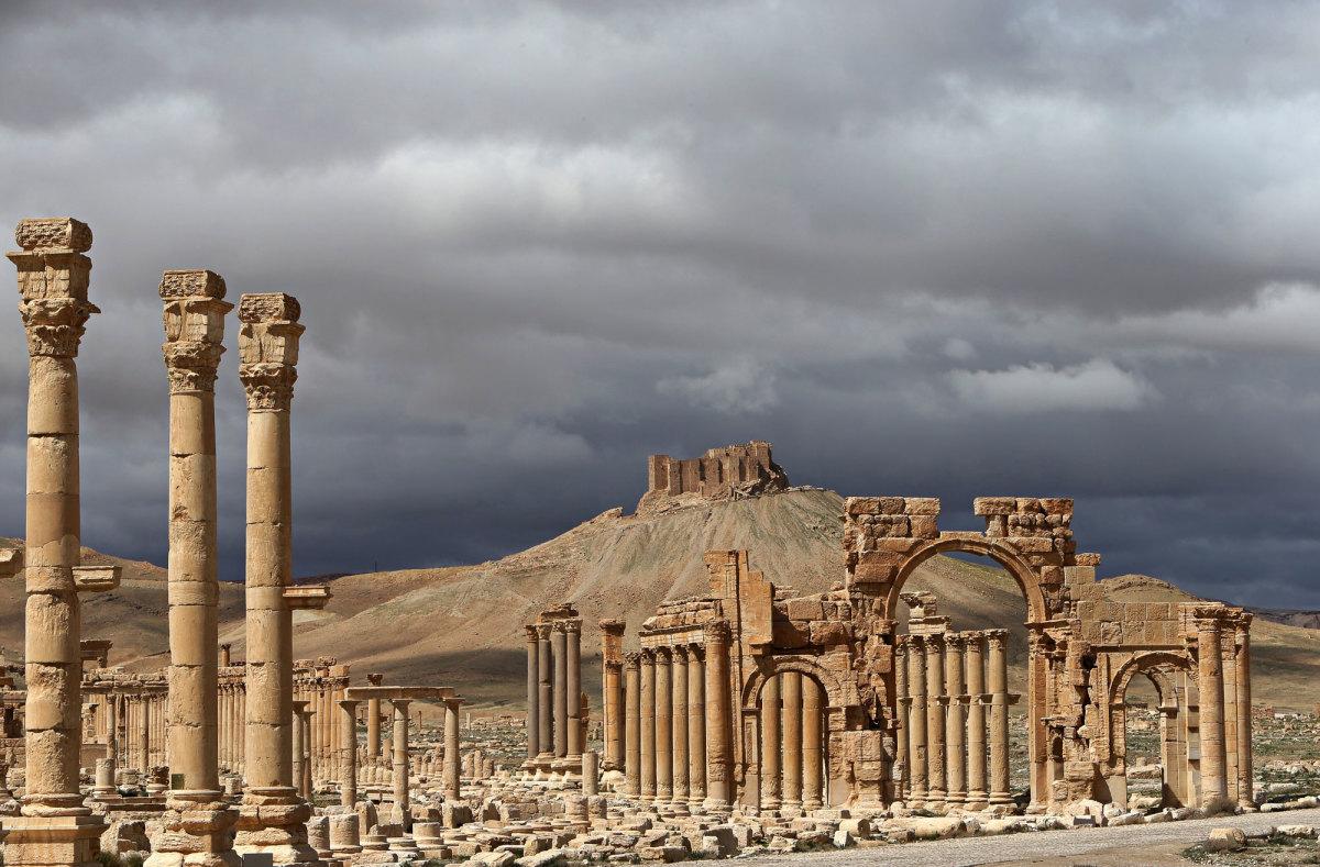 IŞİD yeniden Palmira'ya girdi