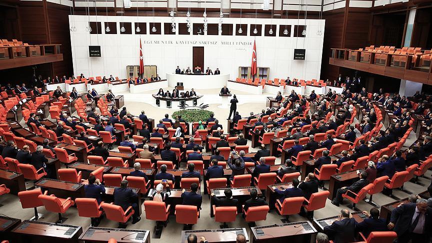 Yeni anayasa meclise sunuldu