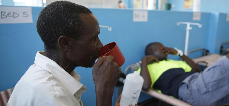 Zimbabve'de kolera salgını can alıyor