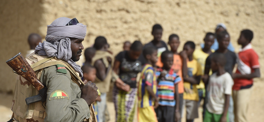 Mali'de savaş 50 bin kişiyi yerinden etti