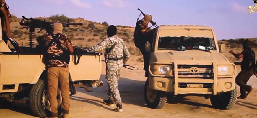 El Kaide'ye yakın gruptan Sina Yarımadası videosu