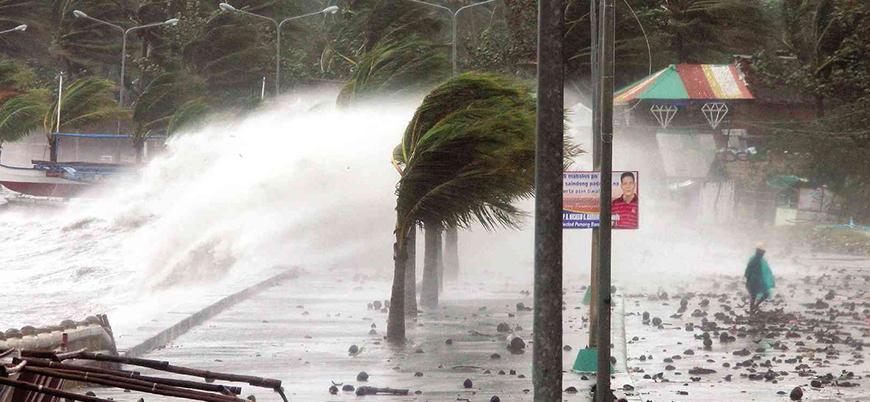 Filipinler'de 'süper tayfun' alarmı