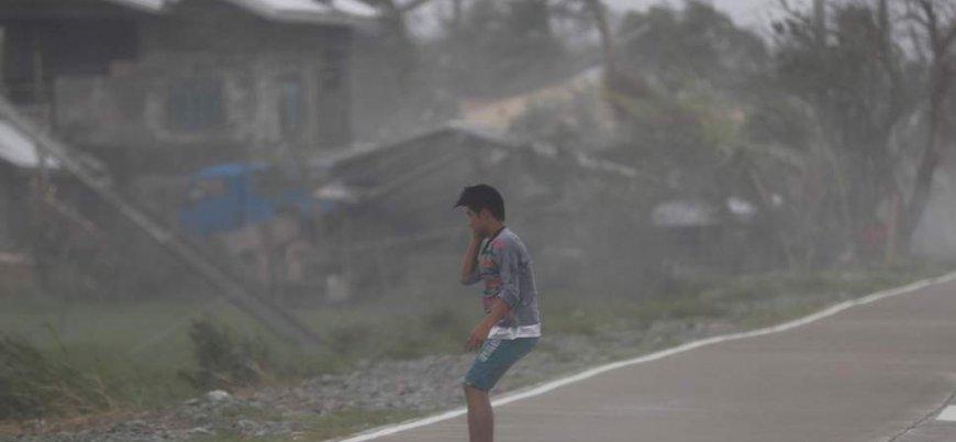 Filipinler'deki Mangkhut Tayfunu'nda ölü sayısı artıyor