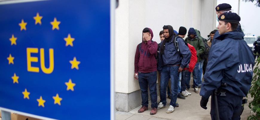 Hollanda'da göçmen karşıtı politikalar protesto edildi