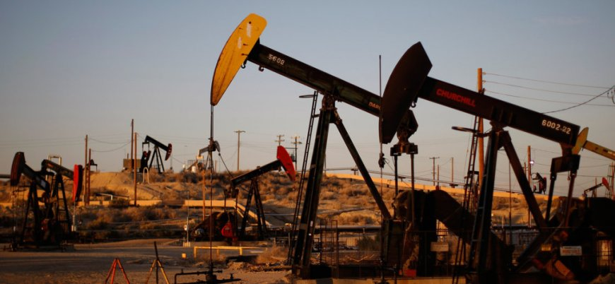 İran'ın petrol üretimi 5 yılın en düşük seviyesinde
