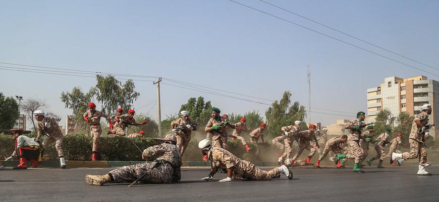 İran'da Devrim Muhafızlarını taşıyan otobüse canlı bomba saldırısı: 41 ölü