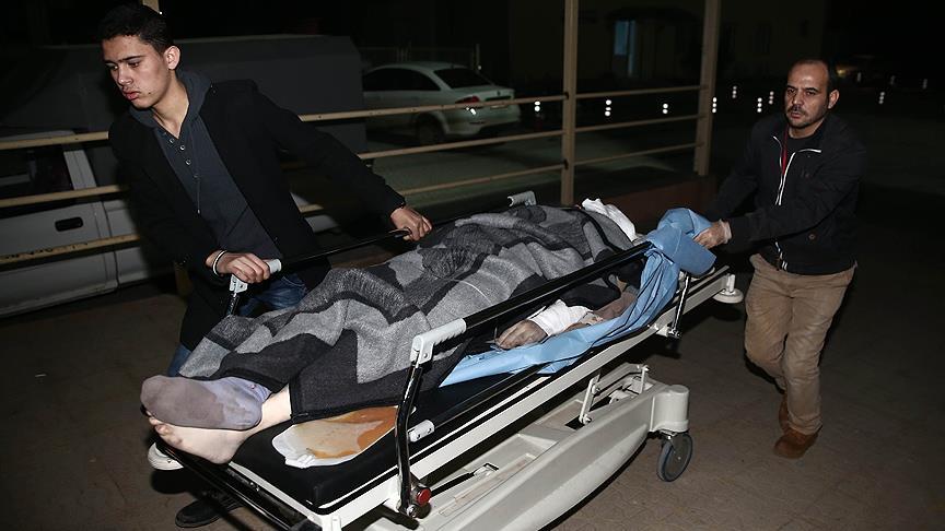 Halep'ten gelen 51 yaralı Hatay'a ulaştı
