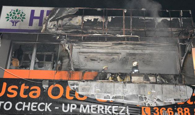 Bursa HDP binası ateşe verildi