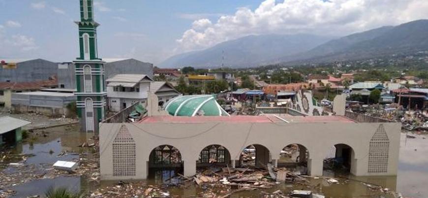 Endonezya'da tsunami felaketi: Ölü sayısı 400'e yaklaştı