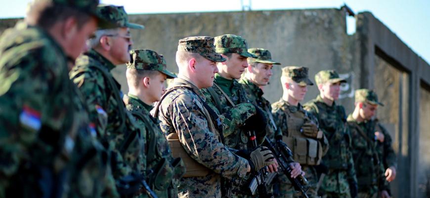 Balkanlar'da gerilim: Sırbistan lideri Vucic'ten orduya Kosova'ya karşı teyakkuz emri
