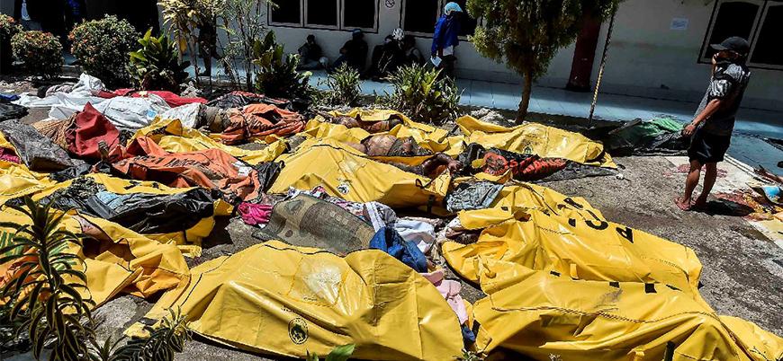 Endonezya'daki depremde ölü sayısı bini aştı
