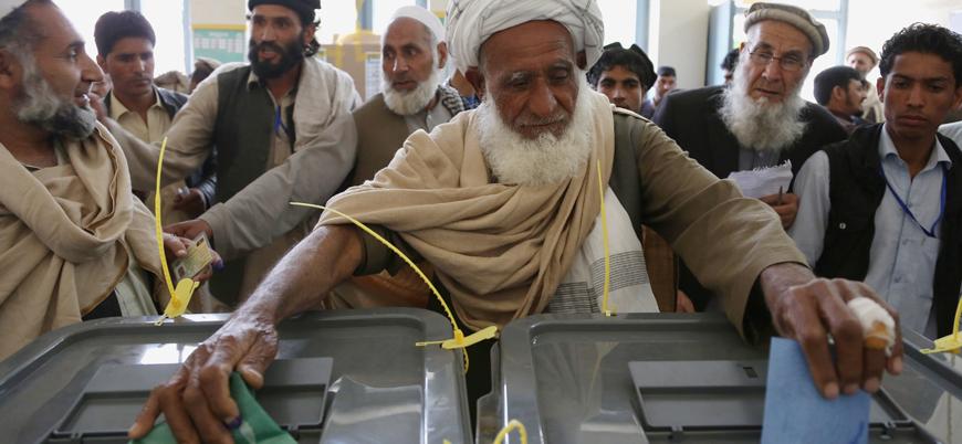 Afganistan'da 600 bin seçmenin kaydı silindi
