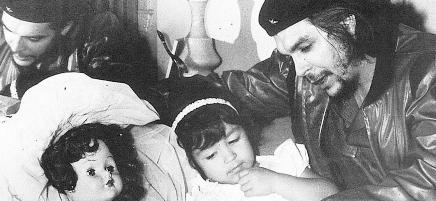 4 Ekim 1965 Che Guevara Küba'dan ayrıldı