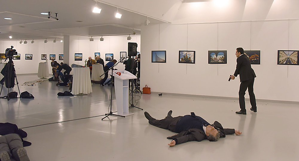 """""""Büyükelçiye 11 el ateş açıldı, 9'u isabet etti"""""""