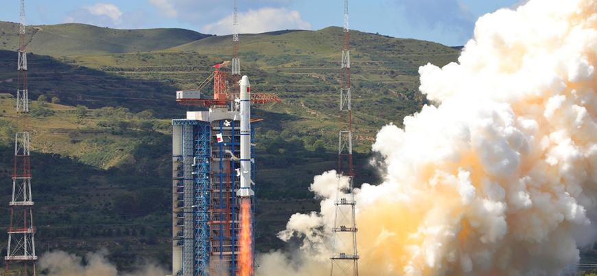 Çin ikiz uzaktan algılama uydularını uzaya fırlattı