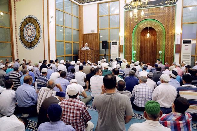 Cemaatler 'sohbetlerini' durdurdu: Saldırı istihbaratı mı?