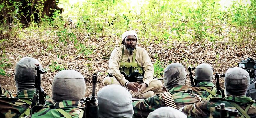 Eş Şebab: İngiliz istihbaratı IŞİD'e destek oluyor