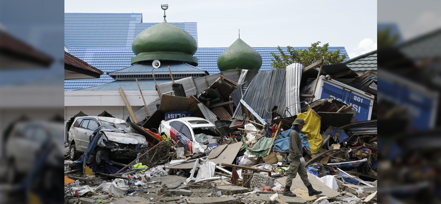 Endonezya'da şiddetli yağışlar 22 can aldı