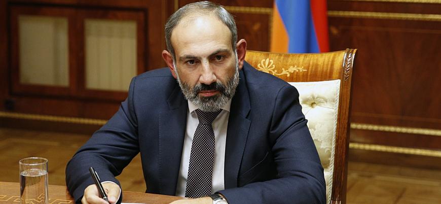 Ermenistan Başbakanı erken seçim için istifa etti
