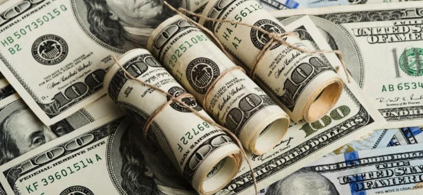 Dolar güne 5.67 seviyesinde başladı