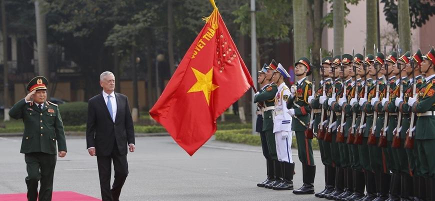 ABD Çin'i kuşatmak istiyor: Mattis'in Vietnam ziyareti