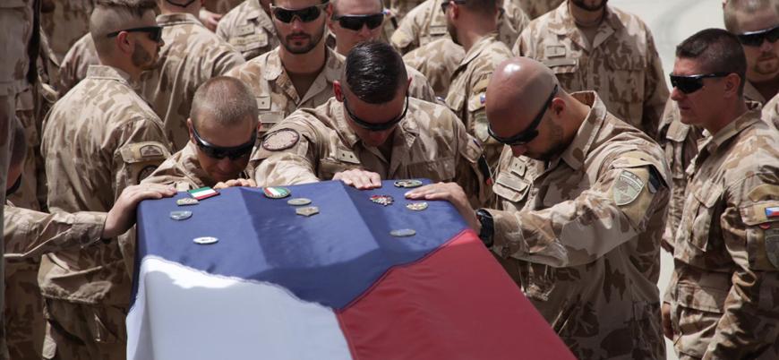 Afganistan'da 1 Çek Cumhuriyeti askeri öldü 2'si yaralandı