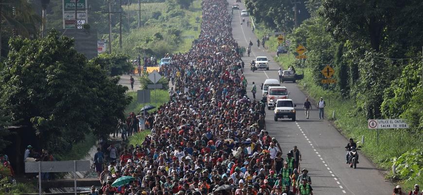 ABD'ye yürüyen göçmen sayısı 7 bini aştı
