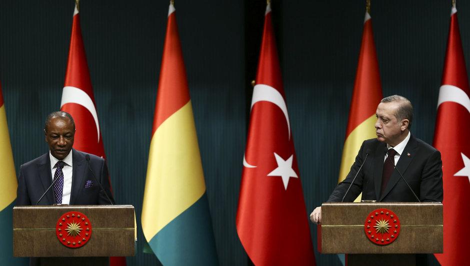 Erdoğan: Koalisyon DEAŞ ve YPG'ye destek veriyor